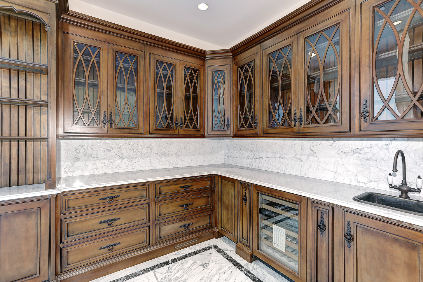 Butler's pantry in mansion designed by Niroo Construction