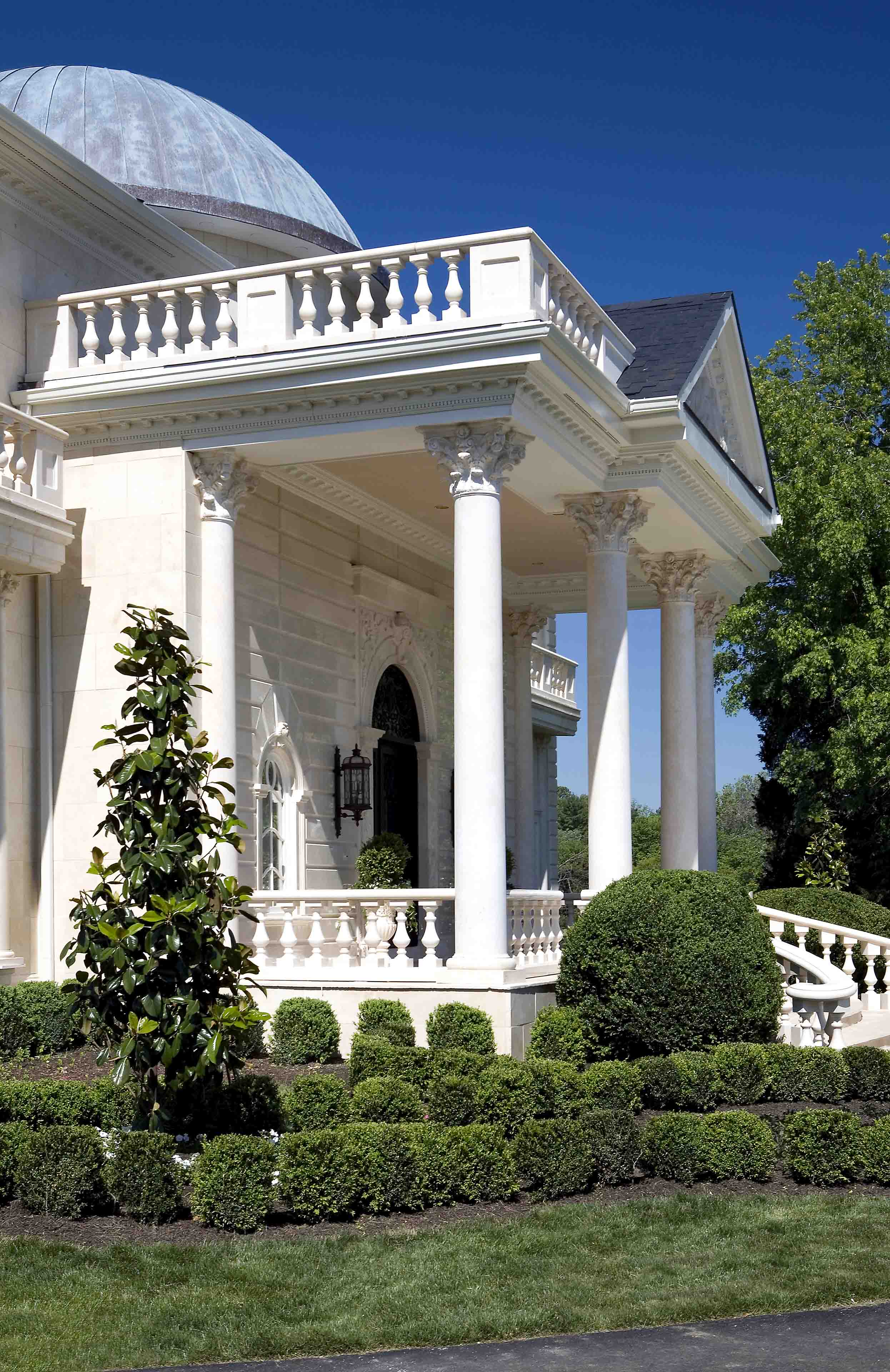 Entrance of mansion in Potomac, Maryland with columns and a dome
